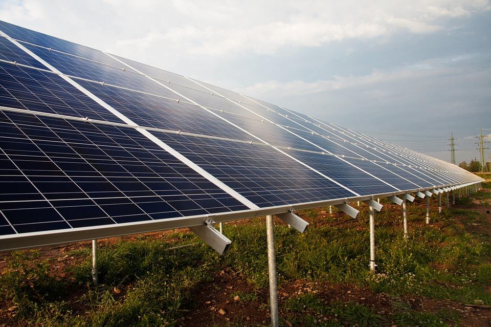 Impianti fotovoltaici, eolici e solari